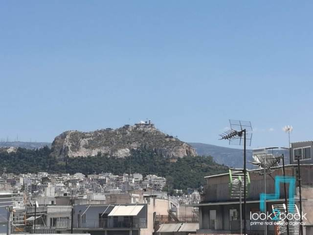 APARTMENT WITH ACROPOLIS AND LYKABETUS VIEW IN ATHENS